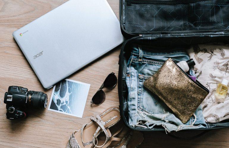 Les accessoires indispensables pour un voyage réussi